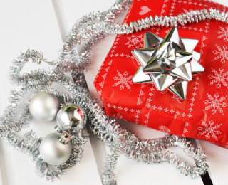 5 Gifts Your Employees Would Love For The Holidays